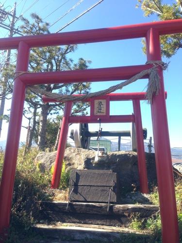 20121102-shrine.jpg